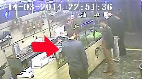 Çanta Çalan Suriyeli Avukat Güvenlik Kamerasına Yakalandı