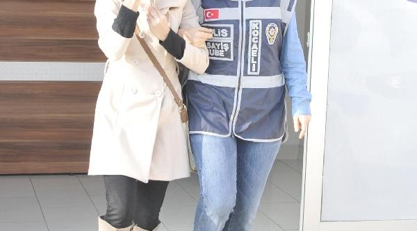 Çantadaki Cüzdani Çalan Kadin Şüpheli Yakalandi