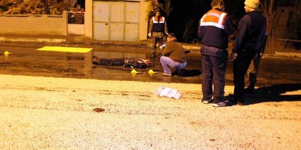 Çarptiği Yaya Öldü, Alkollü Sürücü Kazayi Hatirlamadi