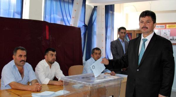 Çatalzeytin'de Seçmi Ak Parti Adayı Kazandı