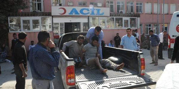 Çatişmada Yaralanan 4 Suriyeli Akçakale'ye Getirildi