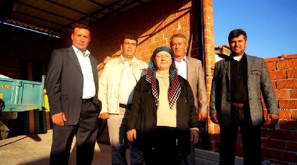 Çavuşlar Köyü'ne Kadın Muhtar