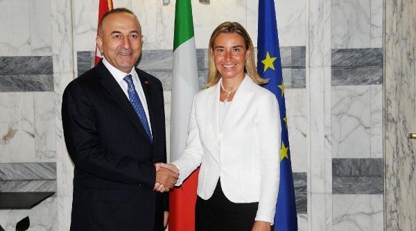 Çavuşoğlu: İtalya, Junker Gibi Düşünmüyor