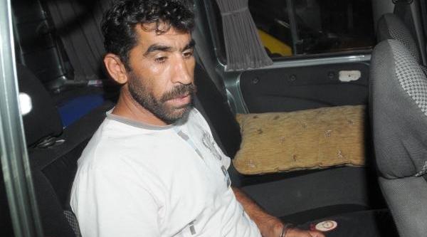 'çay Borcu Cinayeti' Saniği: Biçaği Birkaç Kez Sapladim, Öldürme Kastim Yoktu