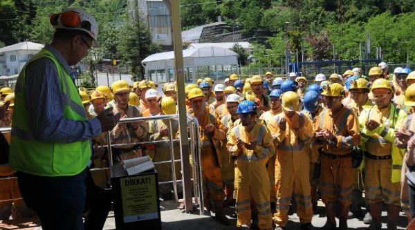 Çayeli Bakır Madeni İşçileri İş Bıraktı
