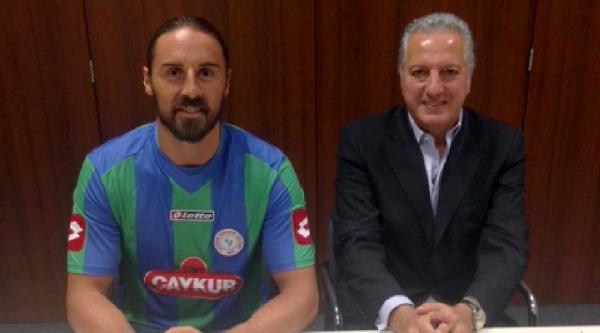 Çaykur Rizespor'a Galatasaraylı Aykut'tan İmza