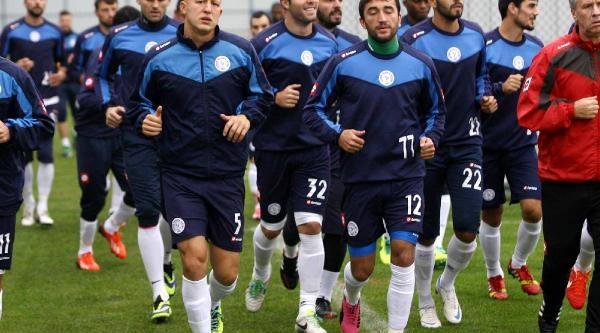 Çaykur Rizespor'un Fenerbahçe Maçi Tarih Değişikliği Talebi Reddedildi