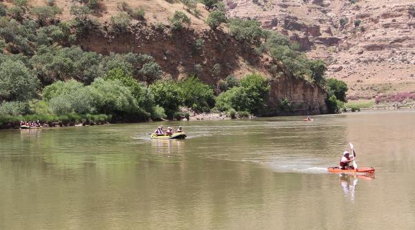 Cehennem Deresi'nde Rafting Yaptılar