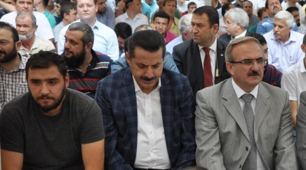 Çelik: Miting Yapmaktan Aciz Olanlara Türkiye'nin Geleceğini Teslim Etmek Talihsizlik