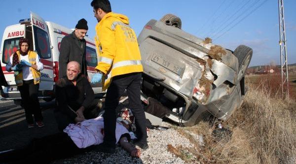 Cenaze Dönüşü Kaza: 4 Yarali