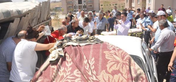 Cenaze Konvoyunda Kaza: 3 Yaralı