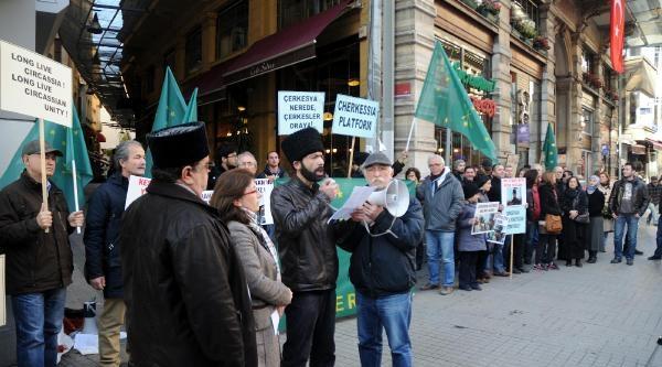 Çerkes Aktivistlerden Olimpiyat Protestosu