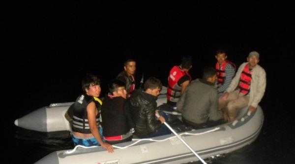 Çeşme'de 34 Kaçak Yakalandı
