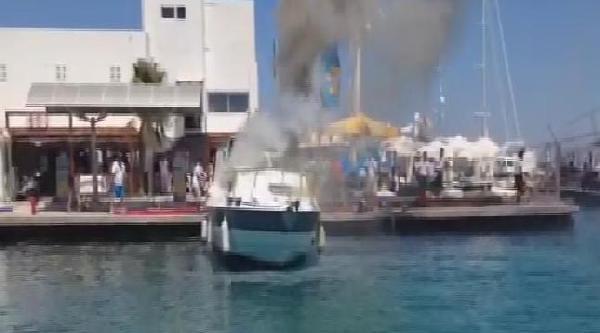 Çeşme'de Korkutan Tekne Yangını