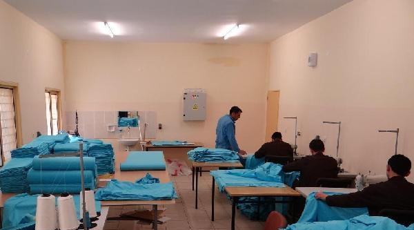 Cezaevlerinin Nevresim Takımları Bolu'daki Mahkumlardan