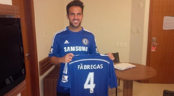 Chelsea, Fabregas'ı Kadrosuna Kattı