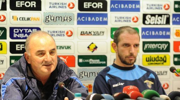 Chıkhura Sachkhere Teknik Direktörü Phruıdze: Korkarak Oynamayacağız