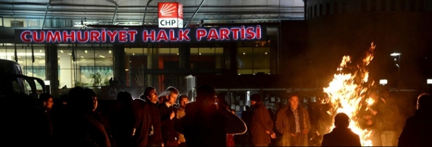 CHP Genel Merkezi basıldı!