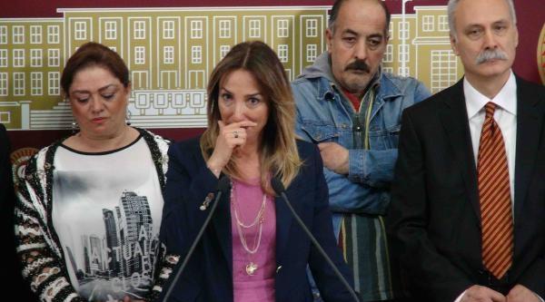 Chp Milletvekili Aylin Nazlıaka Basın Toplantısında Gözyaşlarını Tutamadı (2)