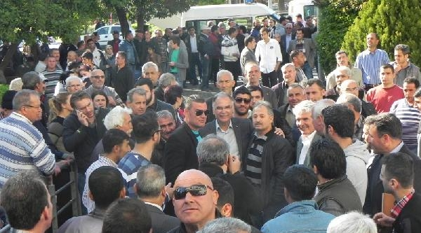 Chp, Selçuk Ve Menderes'te İtiraz Etti-ek Fotoğraflar