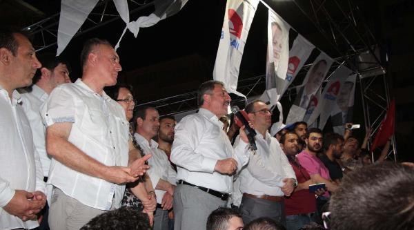 Chp Ve Mhp'lilerin Manisa'da Buruk Sevinç Yaşadı