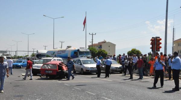 Chp'li Belediye Başkanı Kazada Yaralandı