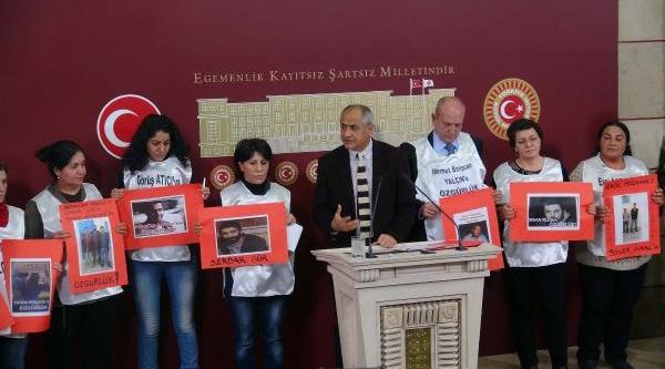 Chp'li Çam, Gezi Tutuklularinin Yakinlariyla Basin Toplantisi Düzenledi