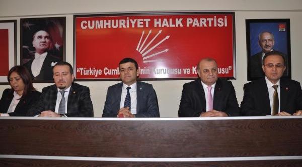 Chp'li Çavuşoğlu'ndan Zeybekci'ye: Ben Olsaydim, Bakanliği Kabul Etmezdim