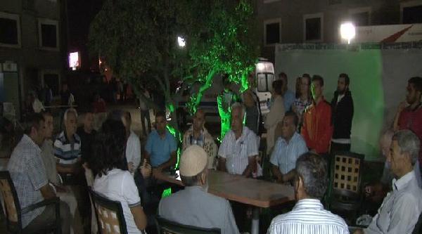 Chp'li Süleyman Çelebi Kayıp 5 Gencin Ailesini Ziyaret Etti