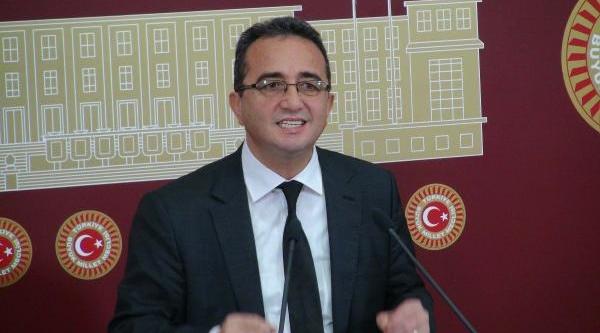 Chp'li Tezcan: Bakanlik Müşteşari, Izmir Cumhuriyet Başsavcisini Arayarak Tehdit Etti
