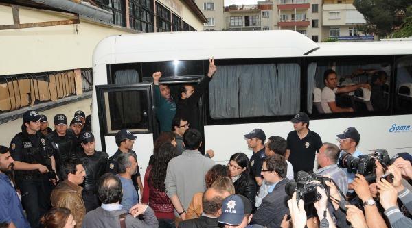 Chp'li Türeli, Gözaltına Alınan Avukatları Sordu