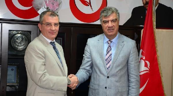 Chp'liler İzmir'de İhsanoğlu'na Destek Turunda
