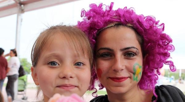 Çiçek Festivali Çocuklarla Renklendi