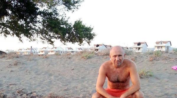 Çift Başlı Yunus Ölüsü Sahile Vurdu
