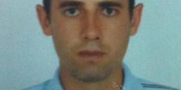 Çifte Cinayet Şüphelisi, Telefonla Ailesinden Para Isteyince Yakalandi