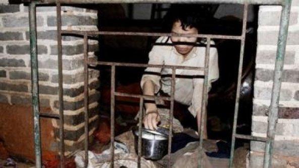 Çinli koca, satın aldığı karısını 12 yıldır kapalı tutuyor