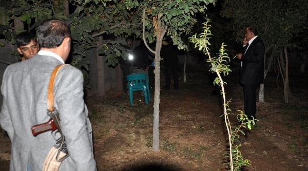 Cizre'de Korucubaşinin Evine El Yapimi Bomba Atildi