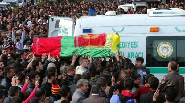 Cizre'deki Ölümün Ardından Şirnak'ta Nevruz Kutlamaları Ertelendi (2)