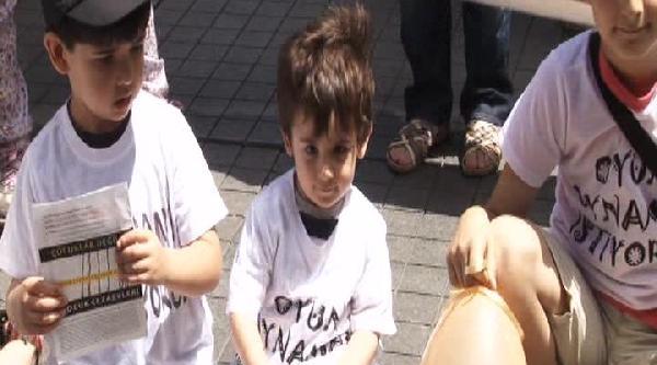 Çocuk Mahkumlar İçin Balonlu Eylem