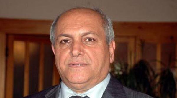 Çomü Rektör Yardımcısı Prof. Dr. Özdemir Trafik Kazasında Öldü