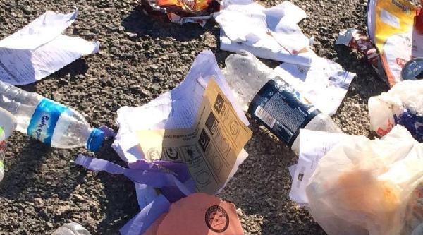 Çöp Döküm Alanında Kullanılmış Oy Pusulaları Bulundu