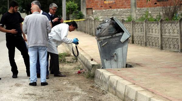 Çöp Konteynerinin Altında El Bombası Bulundu