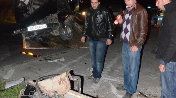 Çorlu'da Kaza: 2 Yarali