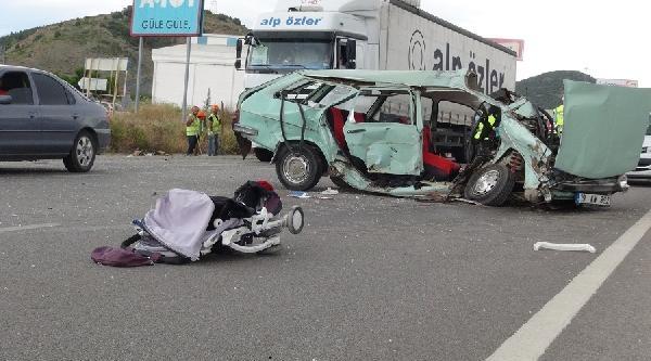 Çorum'da Kaza: 2'si Çocuk 5 Yaralı