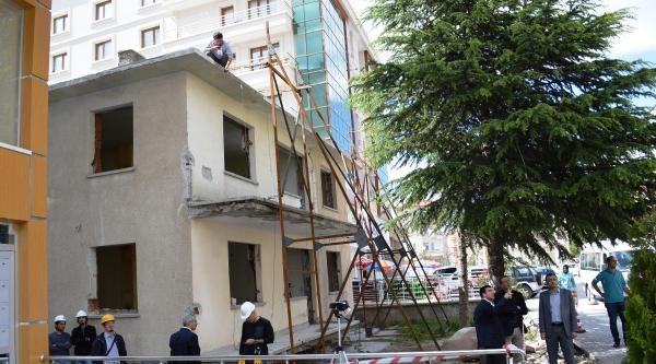 Çubuk'ta Boş Binada Gerçek Deprem Etki Deneyi