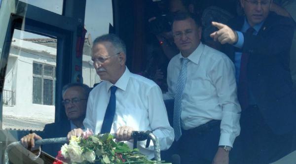 Cumhurbaşkanı Adayı İhsanoğlu Hatay'da Barış Mesajları Verdi, Demokrasi Vurgusu Yaptı