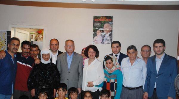 Cumhurbaşkanı Adayı İhsanoğlu Savaştan Kaçan Türkmen  Aileyi Ziyaret Etti