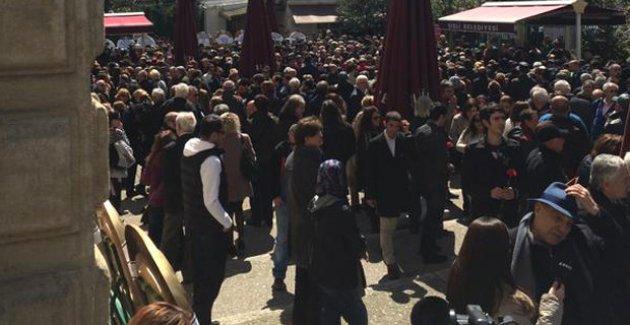 Cumhurbaşkanı Erdoğan, Kayahan'ın Cenazesinde