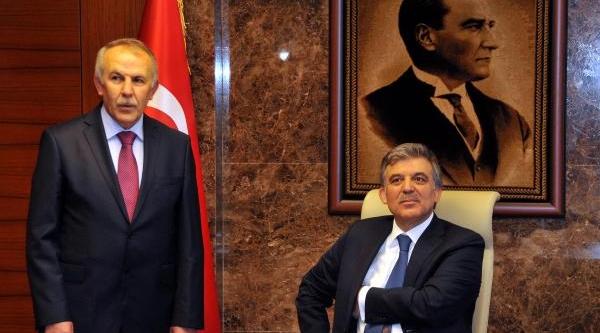 Cumhurbaşkani Gül: Ab'nin Sert Vize Uygulamasi Kabul Edilemezdi