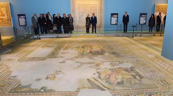Cumhurbaşkani Gül: Ab'nin Sert Vize Uygulamasi Kabul Edilemezdi - Ek Fotoğraf